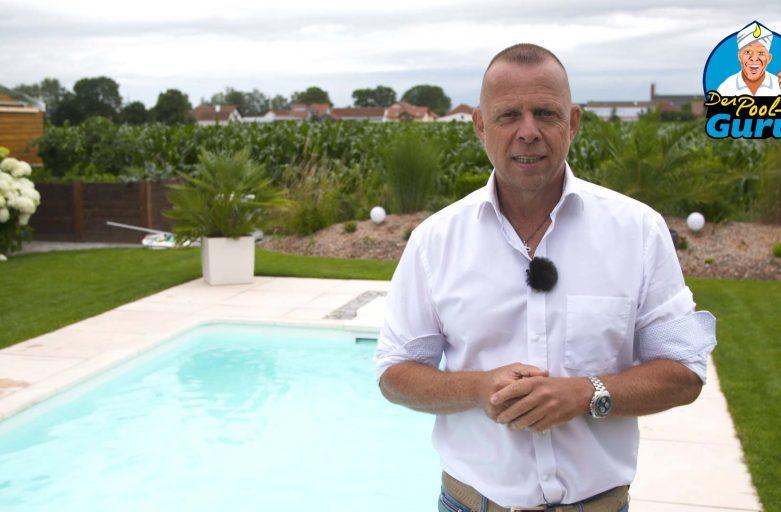 Pool Badewasser glitschig rutschig