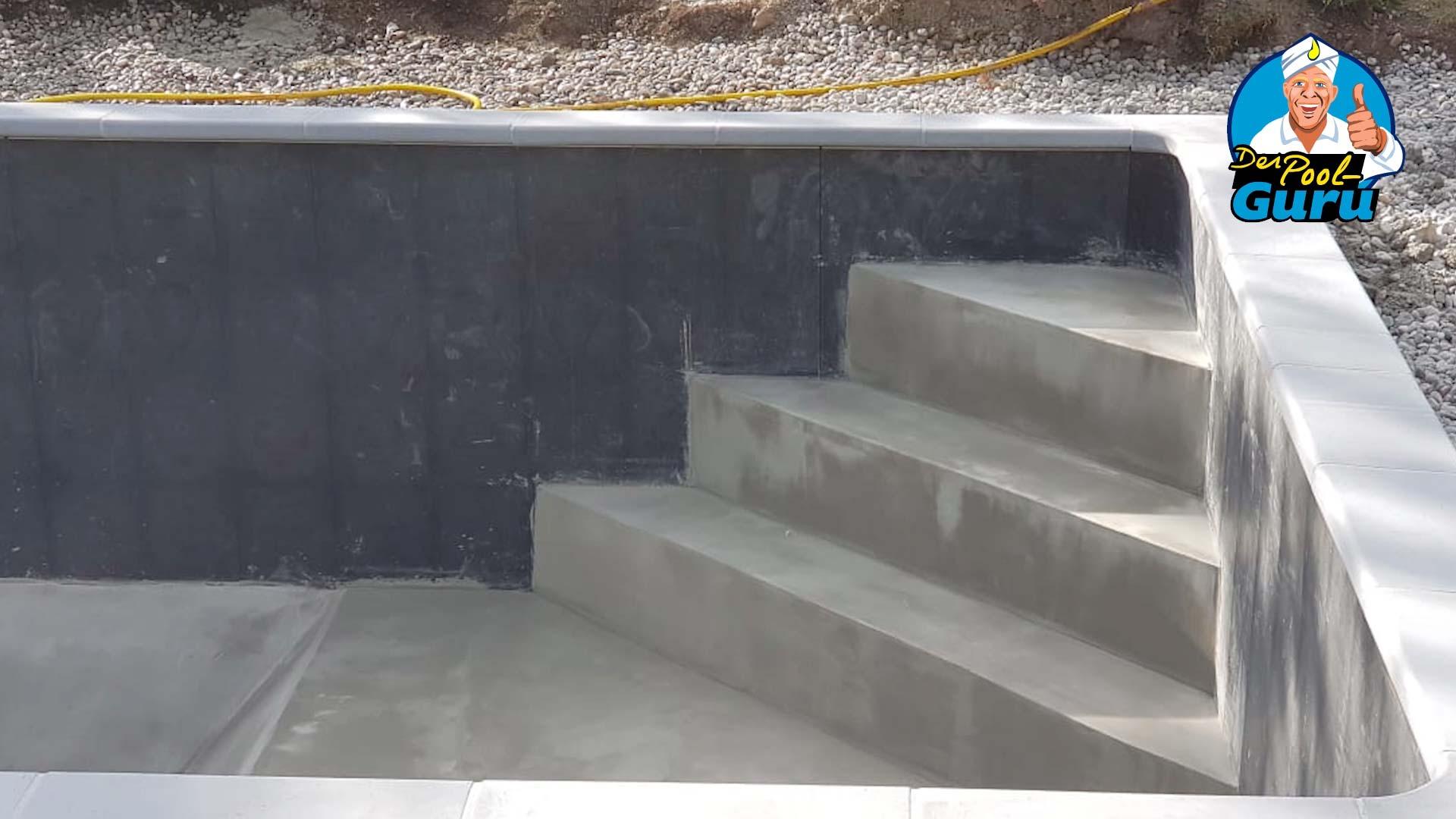 Poolbau Treppe
